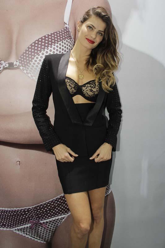 Isabeli Fontana, garota propaganda da Un.i (Foto: Site do Evento)
